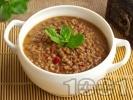 Рецепта Вкусна лесна яхния от леща с домати, чушка, чесън и чубрица (с брашно)